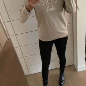 Glow Crew Sweater Zwart Bitch
