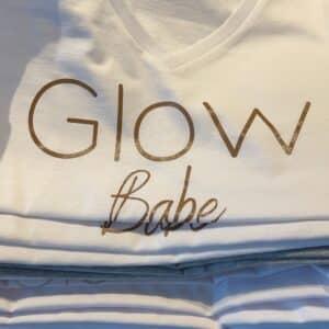Glow t-shirt Wit Glow Babe V-neck